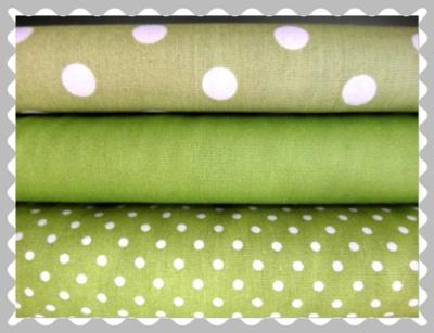 """Baumwolle """"Grün mit weißen Muster"""""""