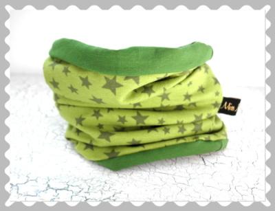 """Loopschal """"Sterne auf Grün"""" nach Wunsch"""
