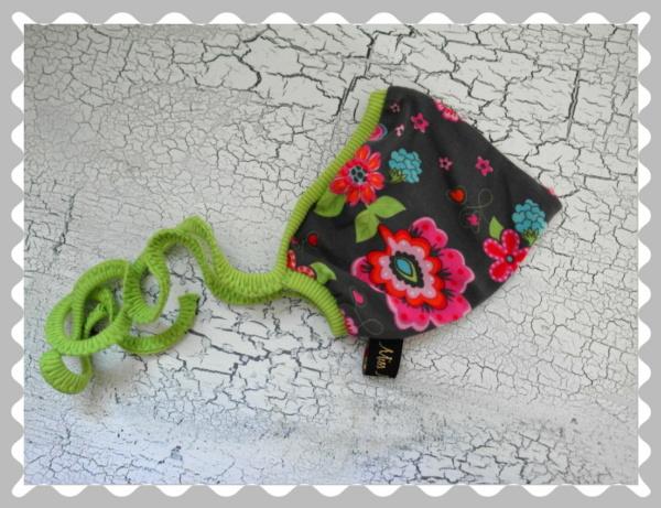 """Babyzipfelmütze """"Bunte Blumen auf Grau"""" in versch.Bündchen und Größen"""