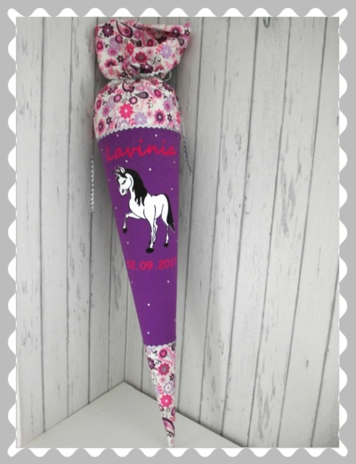 """Schultüte """"Pferd aus Velour"""" in versch. Stoffen und Größen"""