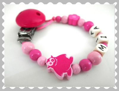 """Schnullerkette """"Monster in Pink"""" in Wunschfarben"""