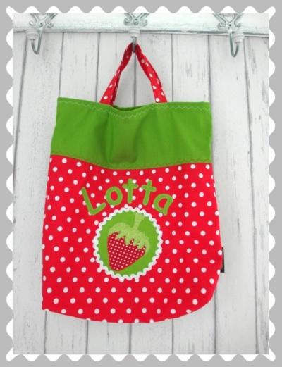 """Tasche """"Erdbeere auf einem Emplem"""" mit Wunschstoff"""
