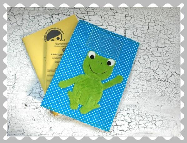 """U-Heft-Hülle """"Frosch"""" mit Wunschstoffen"""