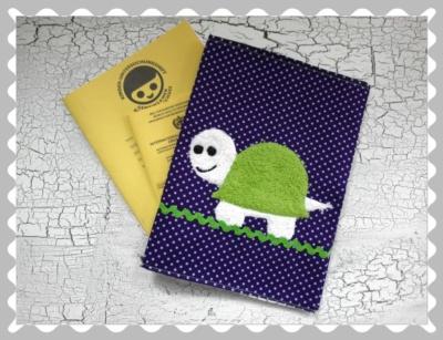 """U-Heft-Hülle """"Schildkröte"""" mit Wunschstoffen"""